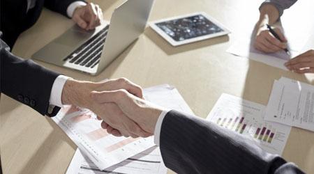 法人を分社化し、別会社を作って節税